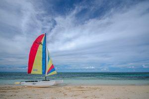 Sur la plage du Momories, Holguin, Cuba